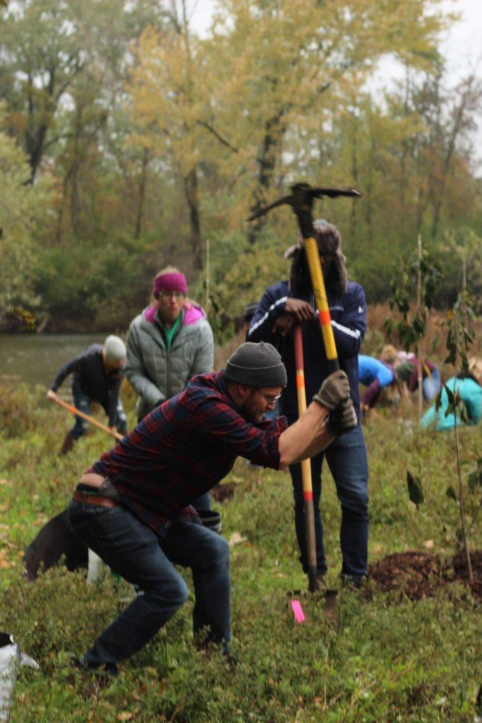 Brewers Grove Tree Planting LaFleur Volunteers